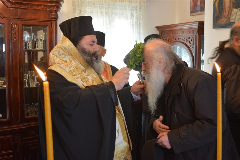 - (Δελτίο Τύπου) Αγιασμός του Ιερού Κελιού της Παναγιάς της Πορταϊτίσσης εις την Ι. Μονή των Ιβήρων