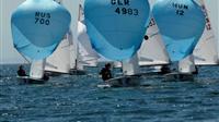 Η Θεσσαλονίκη υγρή πίστα για το 470 Junior World Championship...