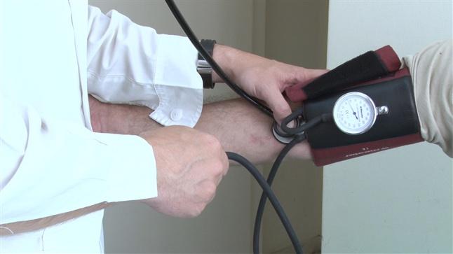 ΕΚΕ - Δωρεάν καρδιολογικός έλεγχος για τους ανασφάλιστους