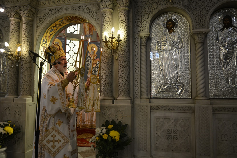 - (Φωτογρ. Υλικό) Αρχιερατική Θεία Λειτουργία εις τον Ιερό Μητροπολιτικό Ναό Αγίας Παρασκευής - Λαγκαδά