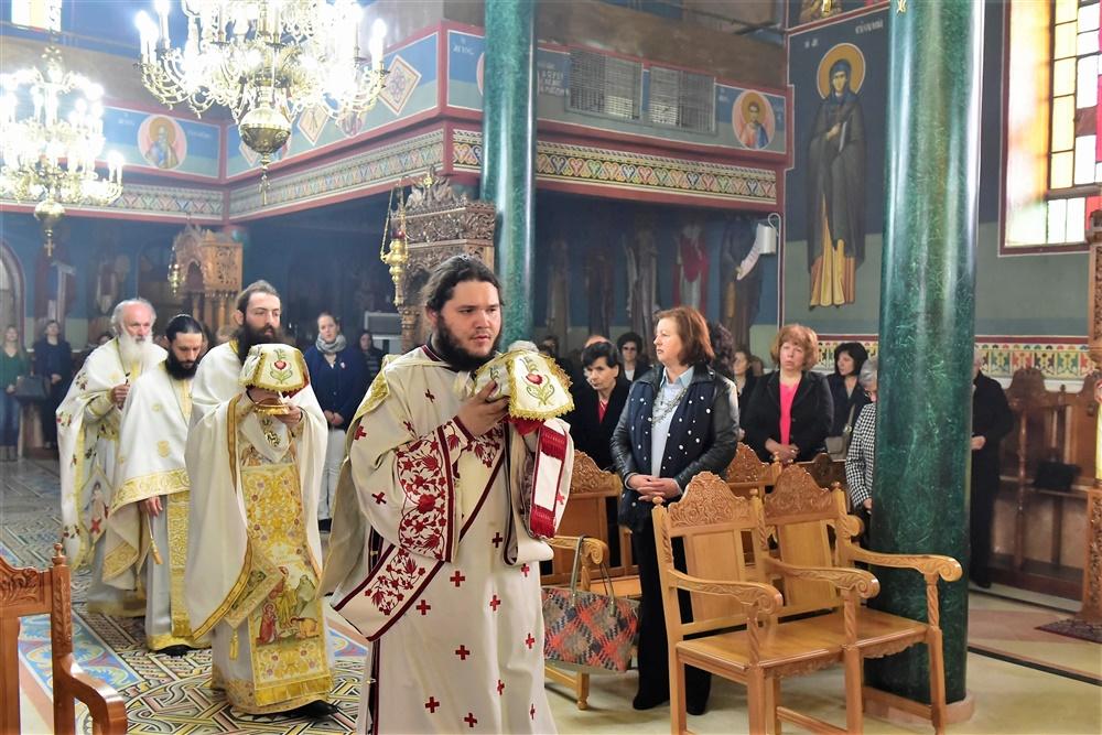 - (Δελτίο Τύπου) Αρχιερατική Θεία Λειτουργία εις τον Ιερό Ναό Αγίας Κυράννης - Όσσας