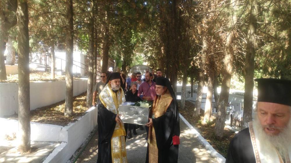 - (Δελτίο Τύπου) Σε οστεοφυλάκιο του Σοχού τα λείψανα του κατά σάρκα πατέρα του Ειρηνουπόλεως Δημητρίου