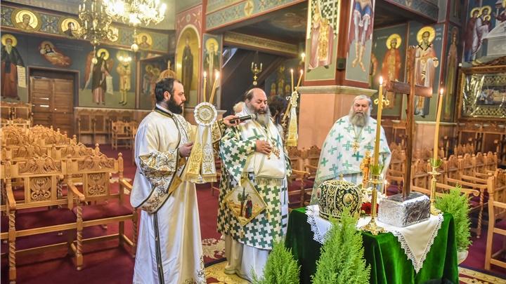 (Δελτίο Τύπου) Αρχιερατική Θεία Λειτουργία Κυριακή της Σταυροπροσκυνήσεως