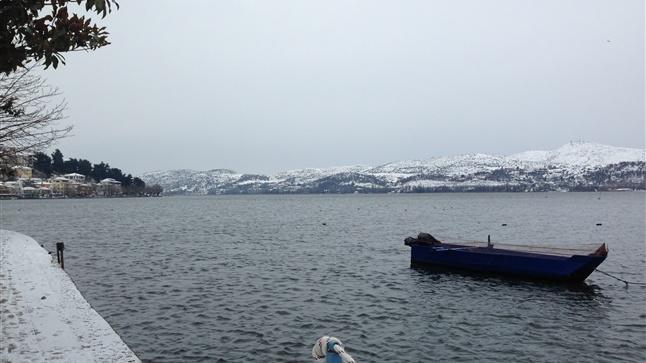 Πρωτοχρονιά στη χιονισμένη Καστοριά