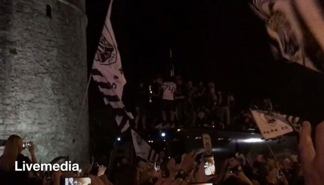Ο Ιβαν Σαββιδης αποθεώθηκε απ τους χιλιάδες φιλάθλους του ΠΑΟΚ