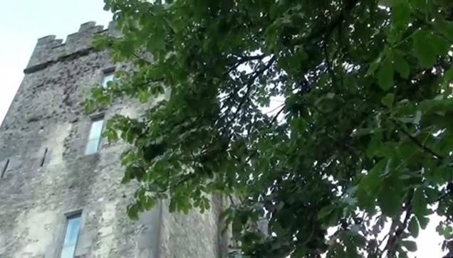 Στo κάστρο του Bunratty  Tα κάστρα από μόνα τους έχουν μια μυθολογία...