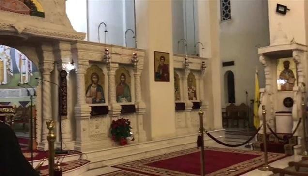 Πλήθος προσκυνητών της Τιμίας Κάρας του Αγίου Ραφαήλ.   Μέχρι...