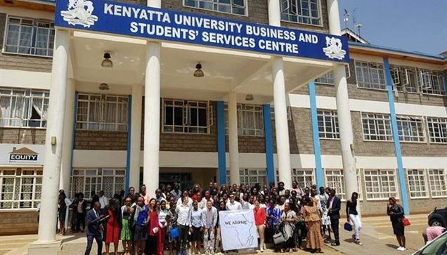 """To WE AfriHug Project στην Κένυα""""  Η ομάδα του WE AfriHug συνεχίζει δυναμικά τις..."""