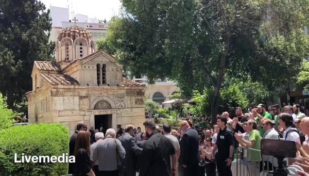 Το Ύστατο χαίρε στον Παύλο Γιαννακόπουλο έδωσαν σήμερα η οικογένεια του, οι φίλο...