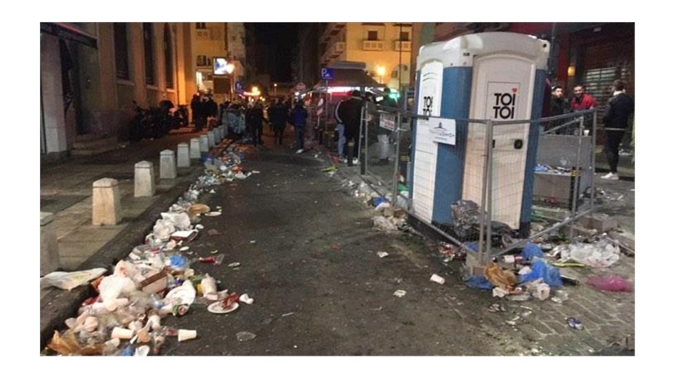Το πρωτοχρονιάτικο πάρτι στη Θεσσαλονίκη τελείωσε, τα σκουπίδια...