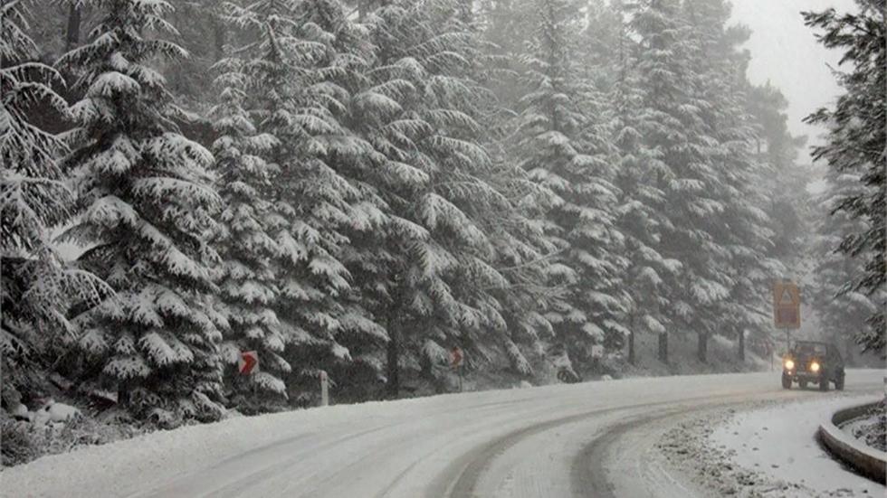 Με έντονη χιονόπτωση ξεκίνησε το 2019 στη Θεσσαλονίκη