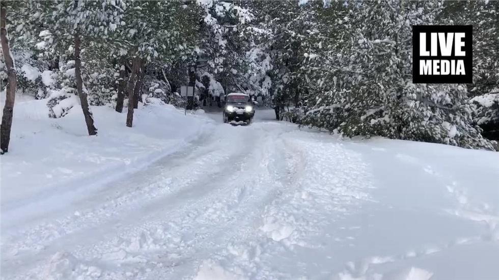 Off Road... στο χιονισμένο Σέιχ Σου!