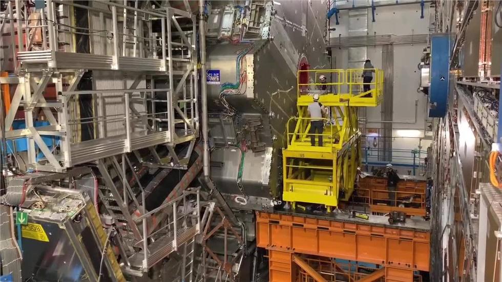 Επίσκεψη στο πείραμα ATLAS στο Cern