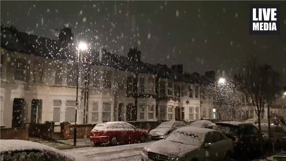 The snow has arrived in London!