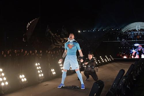 Ως superman ο τερματοφύλακας του ΠΑΟΚ! Πηγή Φωτογραφίας: PAOK FC Facebook