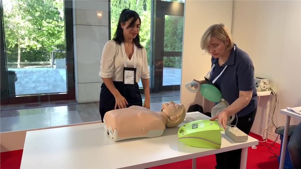 Ο Νικόλαος Νικολάου Διευθυντής Καρδιολογίας μας μιλά για τα CPR Workshops