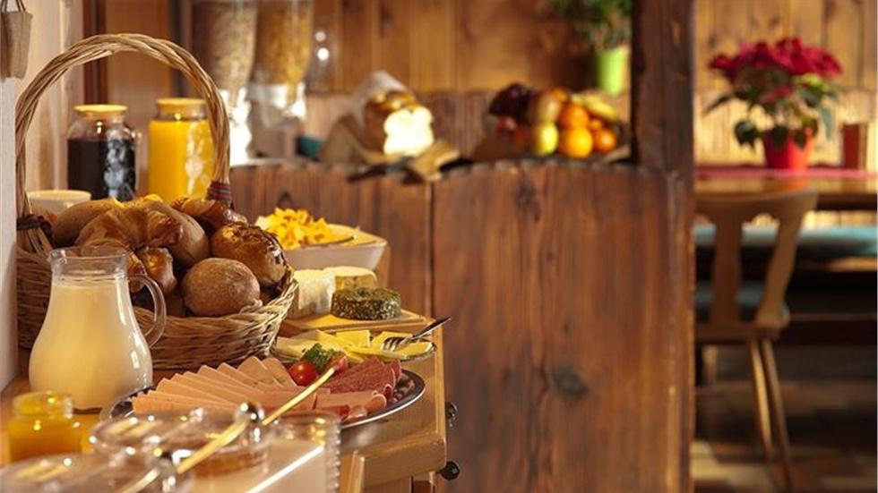 Οι συμβουλές του ΕΦΕΤ για ασφαλή γεύματα εκτός σπιτιού