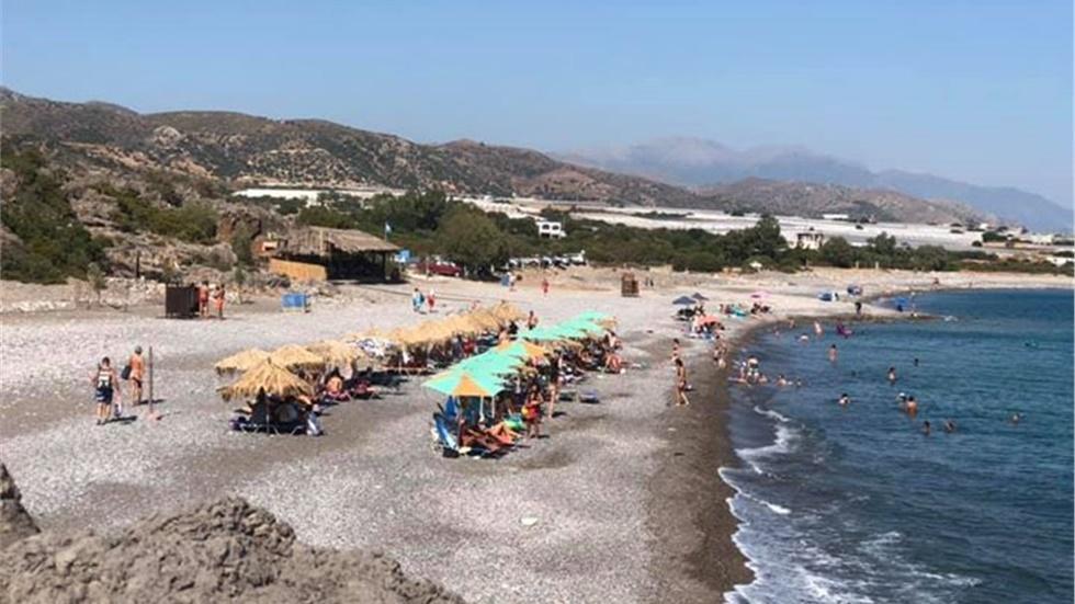 Η παραλία του Κριού βρίσκεται δυτικά της Παλαιόχωρας στη Κρήτη....