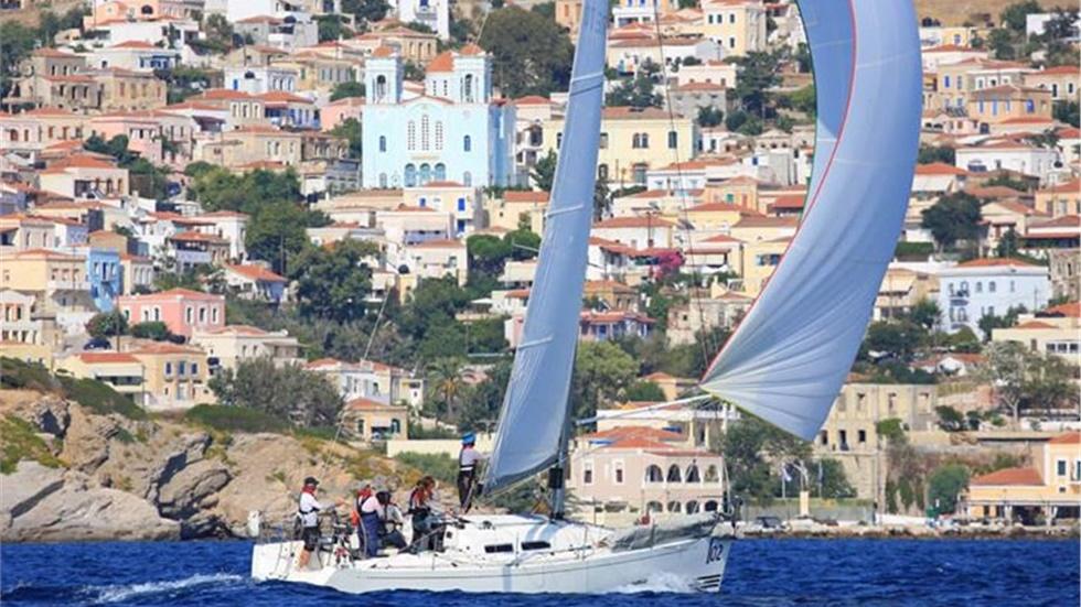 Mε συναρπαστικές «μάχες» ολοκληρώνεται η Aegean Regatta 2019...