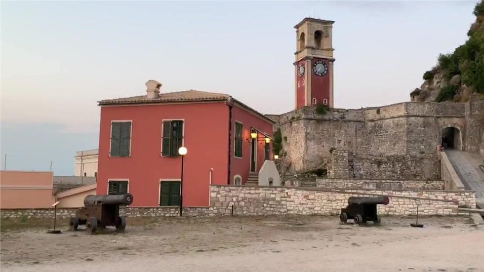 Το Παλιό Φρούριο στέκει «φύλακας» της Κέρκυρας από τον 6ο αιώνα
