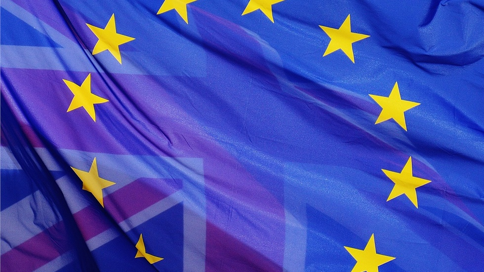 Γιούνκερ: Νομίζω ότι μπορούμε να πετύχουμε μια συμφωνία για το Brexit