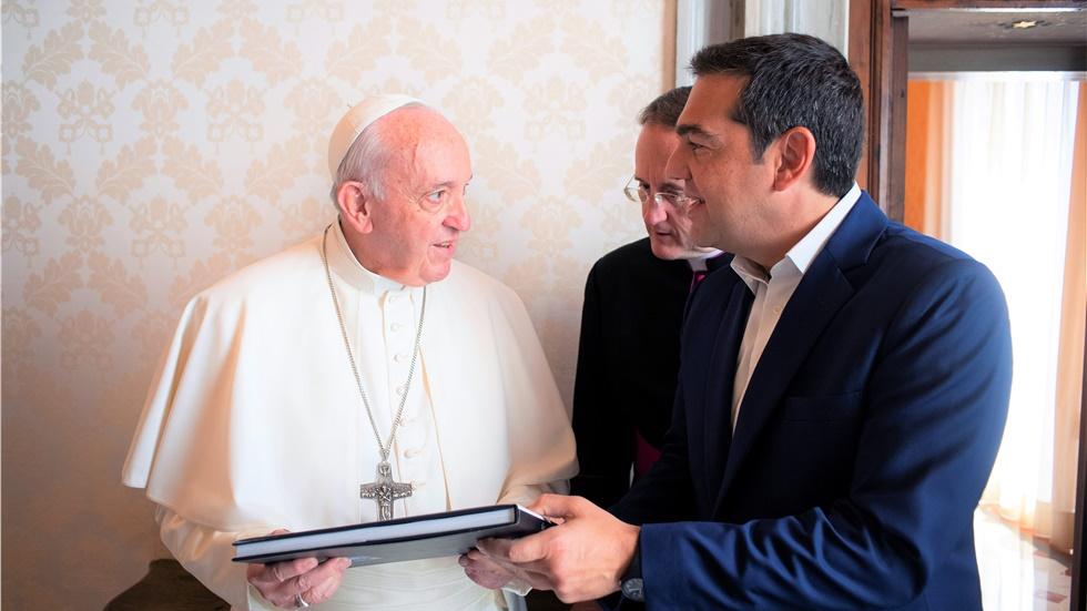 Με τον Πάπα Φραγκίσκο συναντήθηκε ο Αλέξης Τσίπρας - Τι συζήτησαν