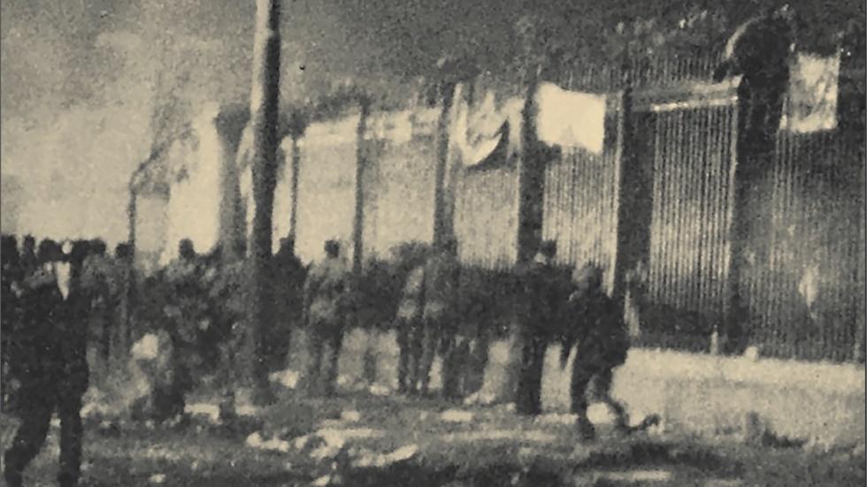 « Όλη νύχτα εδώ» - Μια ιστορία της Εξέγερσης του Πολυτεχνείου...