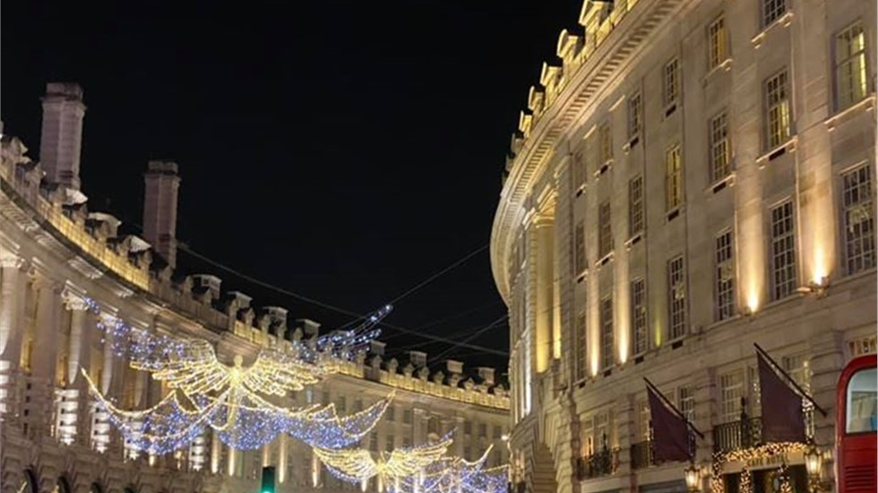 Christmas lights at Regent Street have been switched on!   #RegentStreet...