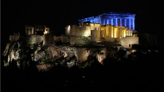 Η Ακρόπολη θα φωτιστεί απόψε με το μπλε χρώμα της UNICEF