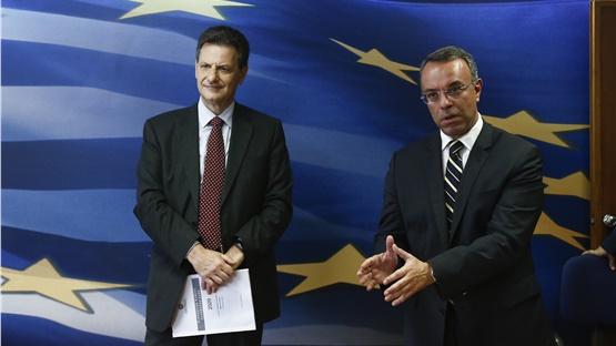 Στα 54,71 δισ. ευρώ τα καθαρά έσοδα του κράτους το 2020