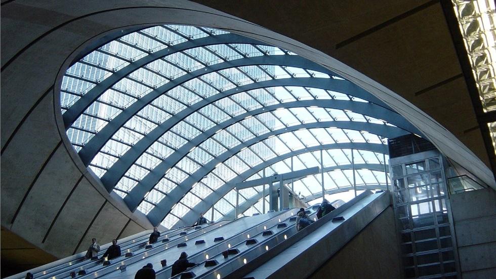 Λονδίνο: Εκκενώθηκαν δύο σταθμοί του μετρό μετά την συσσώρευση...