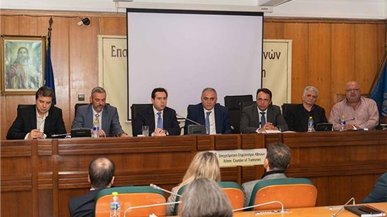 Ο Υφυπουργός Εργασίας Ν. Μηταράκης στο Δ.Σ. του Ε.Ε.Α. για το...