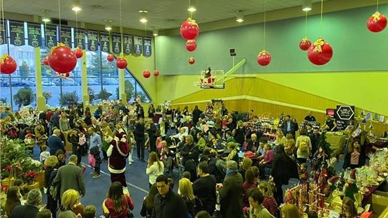 Πλήθος κόσμου στο Χριστουγεννιάτικο Φιλανθρωπικό Bazaar των Εκπαιδευτηρίων...