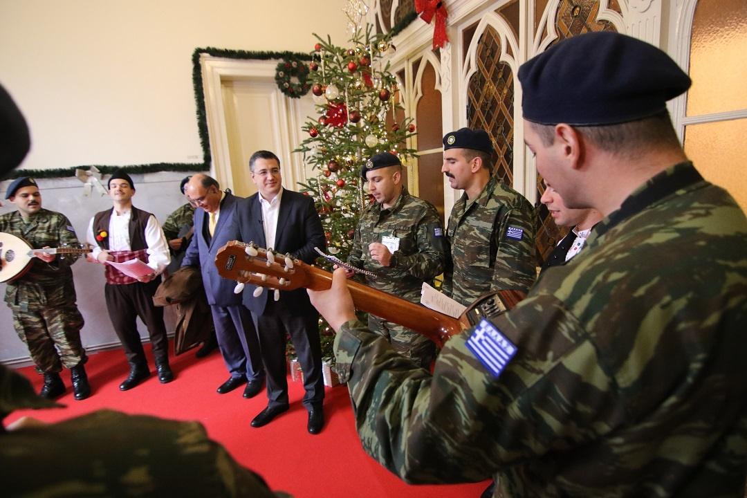 Χριστουγεννιάτικα κάλαντα, παραδοσιακά τραγούδια και ευχές στην Περιφέρεια Κεντρικής Μακεδονίας