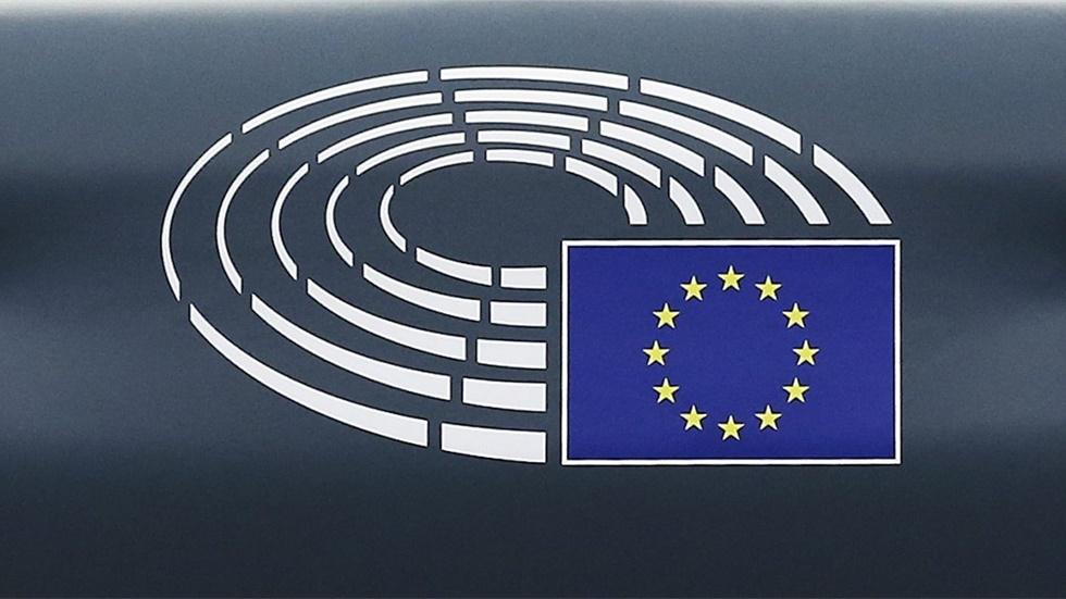 Συζήτηση για τη χρηματοδότηση και τις κοινωνικές πτυχές της Πράσινης Συμφωνίας. (Ζωντανά στις 16.00 ώρα Ελλάδας)