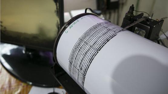 Ισχυρή σεισμική δόνηση 6,9 Ρίχτερ στην Τουρκία (Βίντεο)