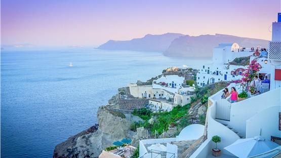 Διακοπές στην Ελλάδα: Μεγάλο αφιέρωμα των