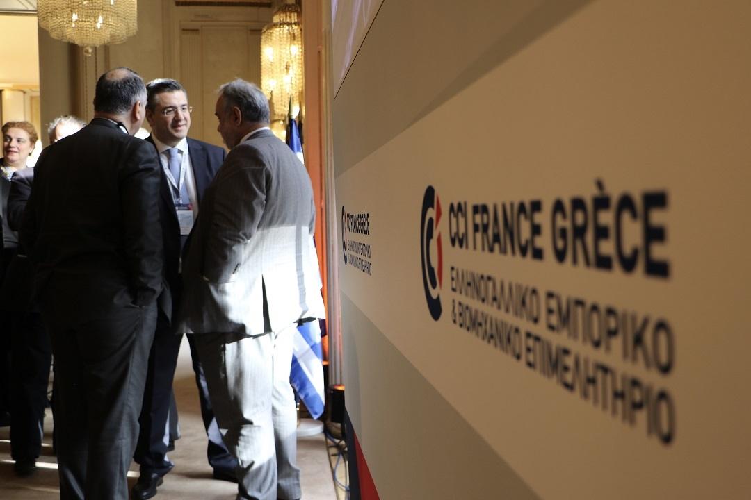 Επίσκεψη Απ. Τζιτζικώστα στο Παρίσι