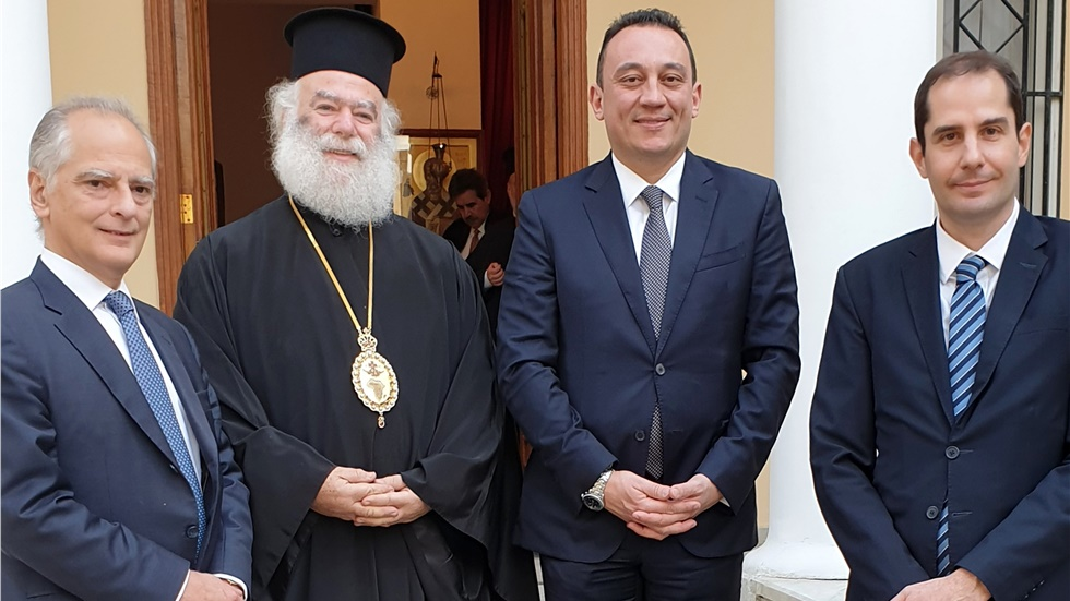 «Να είστε υπερήφανοι που είστε Έλληνες. Ακολουθεί ένα λαμπρό μέλλον για την πατρίδα μας», είπε ο Κ. Βλάσης προς τον Ελληνισμό του Καΐρου