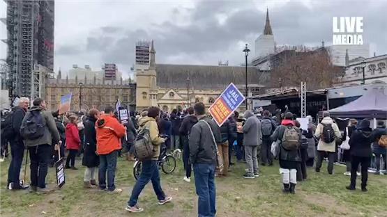 Συγκέντρωση στο Λονδίνο υπέρ της απελευθέρωσης του Τζούλιαν Ασάνζ....