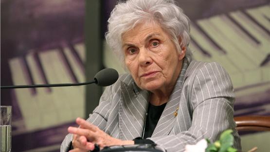 Απεβίωσε η Κική Δημουλά σε ηλικία 89 ετών