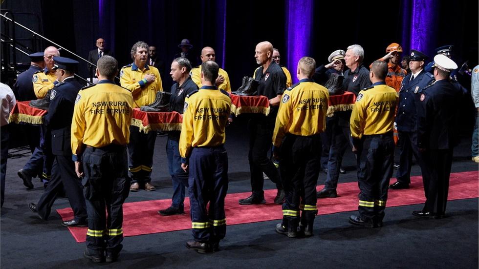 Τελετή στο Σίδνεϊ στη μνήμη των 25 νεκρών από τις πυρκαγιές στην Αυστραλία