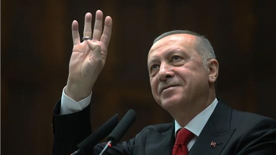 Ο Ερντογάν υποστηρίζει πως το κόμμα του αύξησε το βιοτικό επίπεδο...