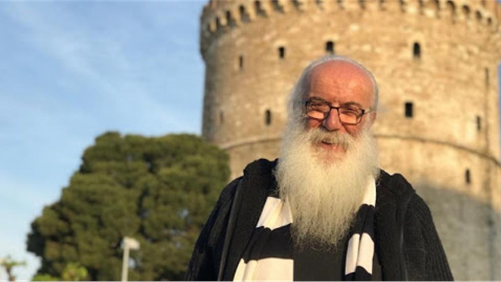 Ο πατήρ Χρήστος Μήτσιος ζωντανά στο LIVEMEDIA