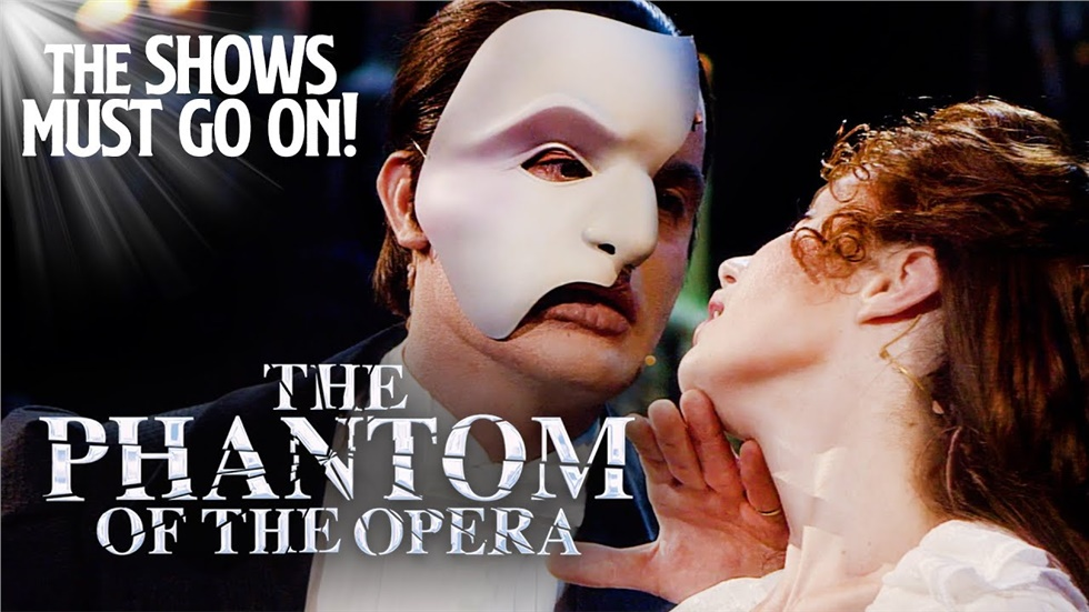 The Phantom of The Opera - FULL STAGE SHOW begins shortly! It...