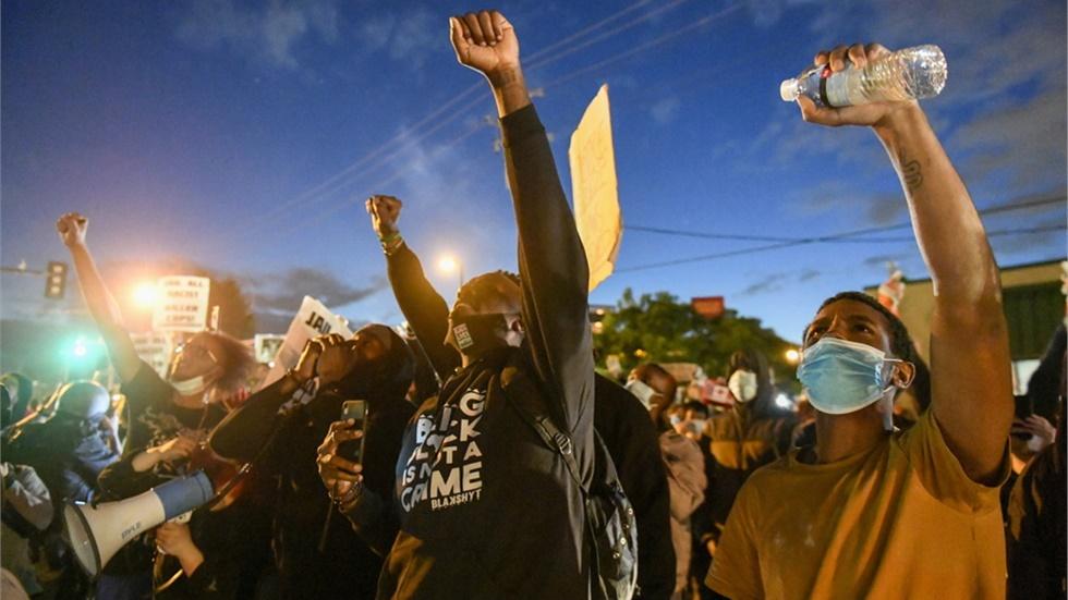 ΗΠΑ: Οι διαδηλώσεις πολλαπλασιάζονται σε πολλές μεγάλες πόλεις