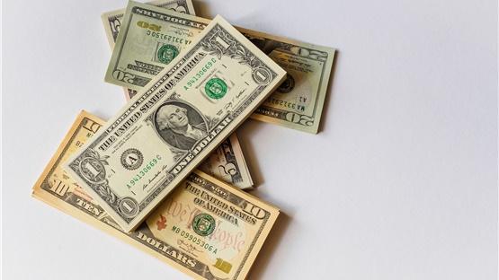 ΗΠΑ: Ο πλούτος των δισεκατομμυριούχων αυξήθηκε κατά μισό τρισεκατομμύριο...