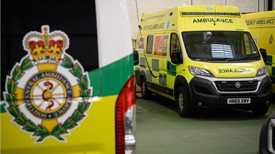 Βρετανία: Μελέτη κάνει λόγο για ενδεχόμενο 120,000 θανάτων σε...