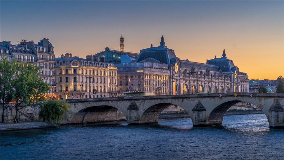 Γαλλία: Σε υψηλό 4 μηνών ο αριθμός των ημερήσιων κρουσμάτων