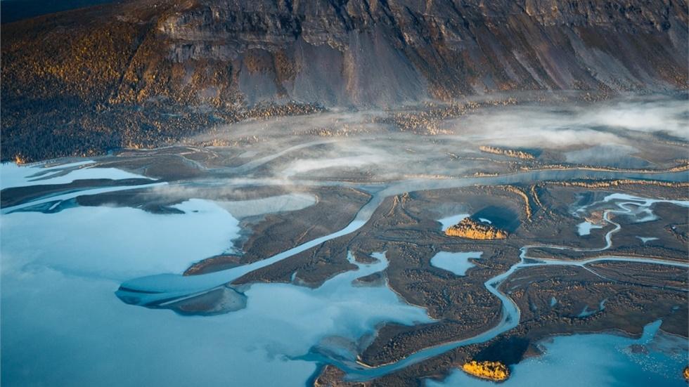 Η μεγαλειώδης ομορφιά της Γης στις αεροφωτογραφίες του Tobias...